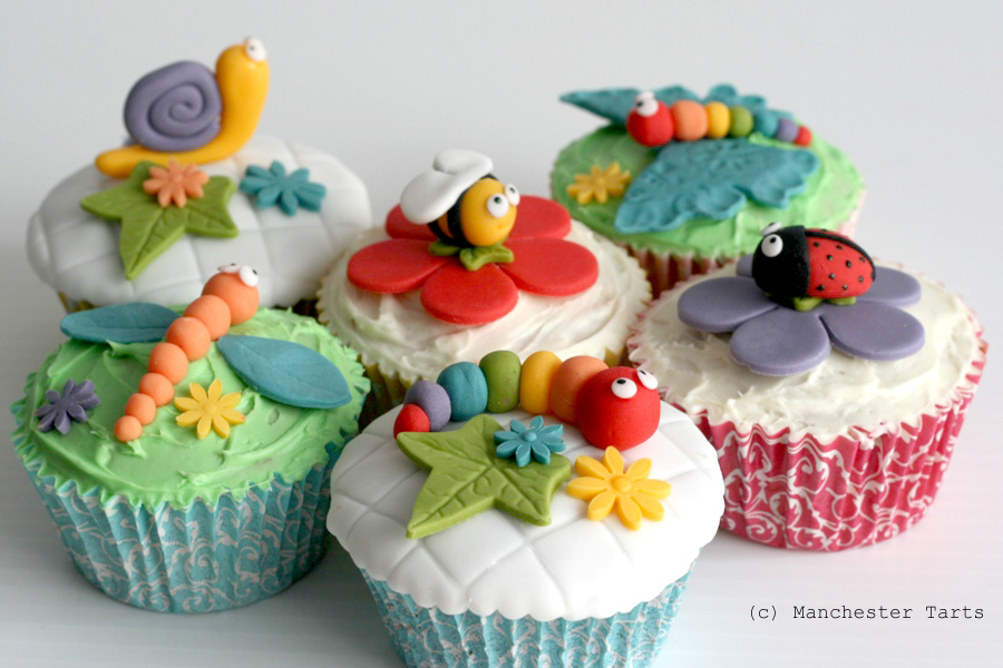 Cupcake Decorating Ideas Insects : Picnic Bug Cupcakes   GoodCupcakes.com