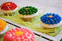Jelly Bean Flower Cupcakes | The TomKat Studio