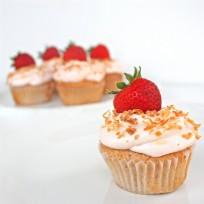 Strawberry Colada Cupcakes | The Girl Who Ate Everything